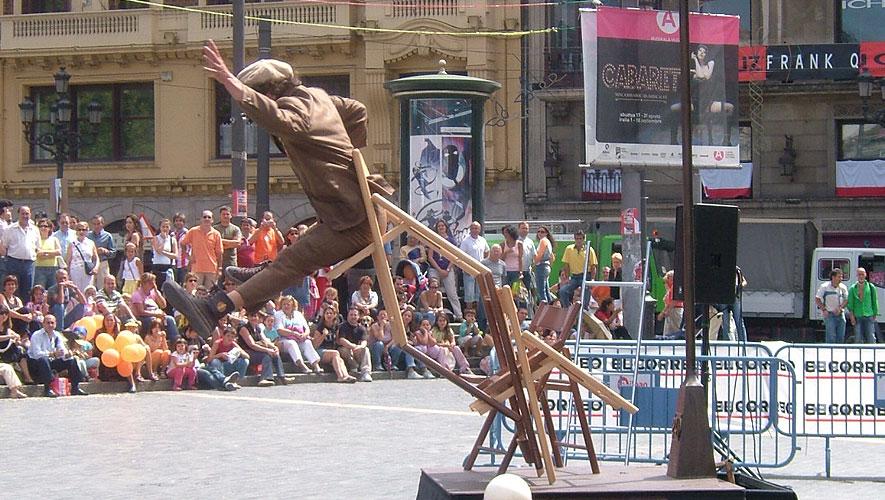 Filamento el Farolero - Espectaculo de acrobacias