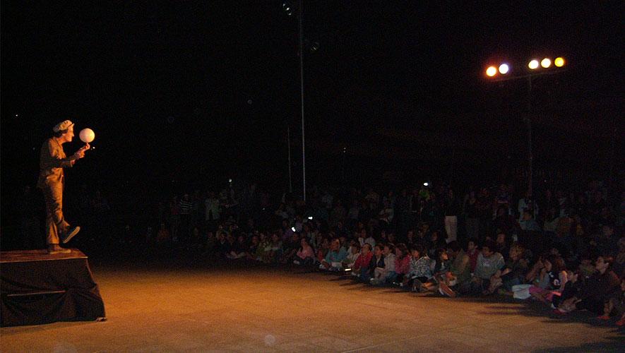 Filamento el Farolero - Espectaculo de teatro de calle
